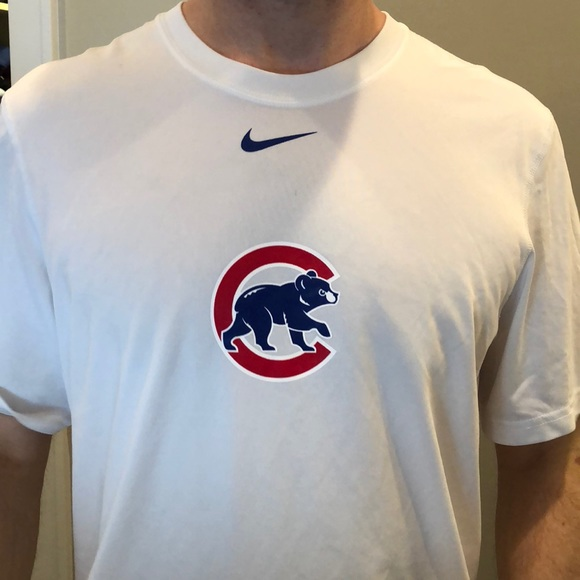 timeless design 4e483 4f51a Nike men's Dri-fit Chicago cubs shirt